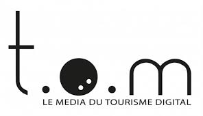 logo de tom travel le media du tourisme digital